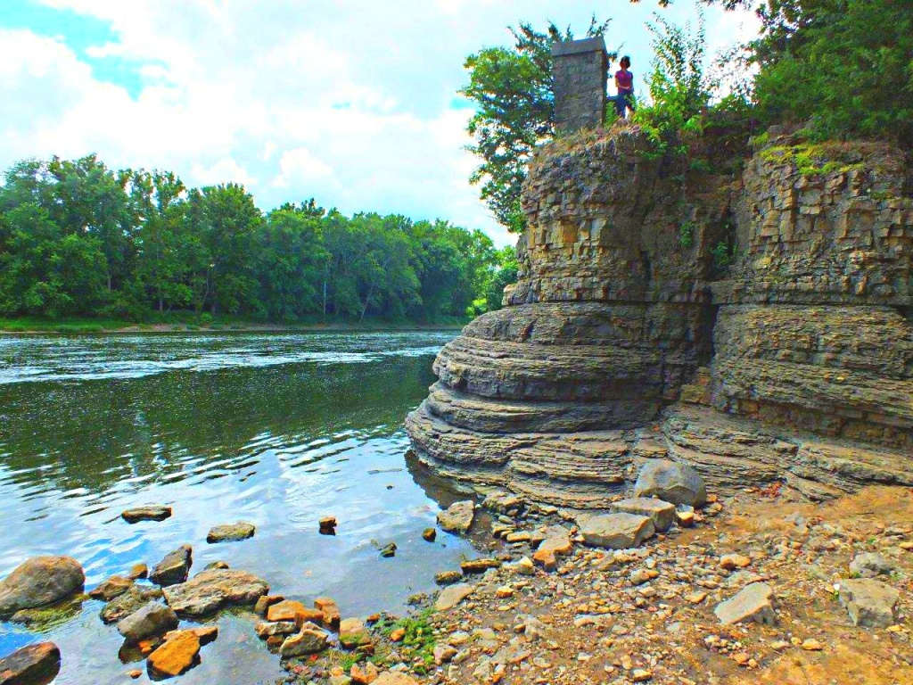 Close to the Edge... Kankakee River State Park... by Thomas Peace 2013
