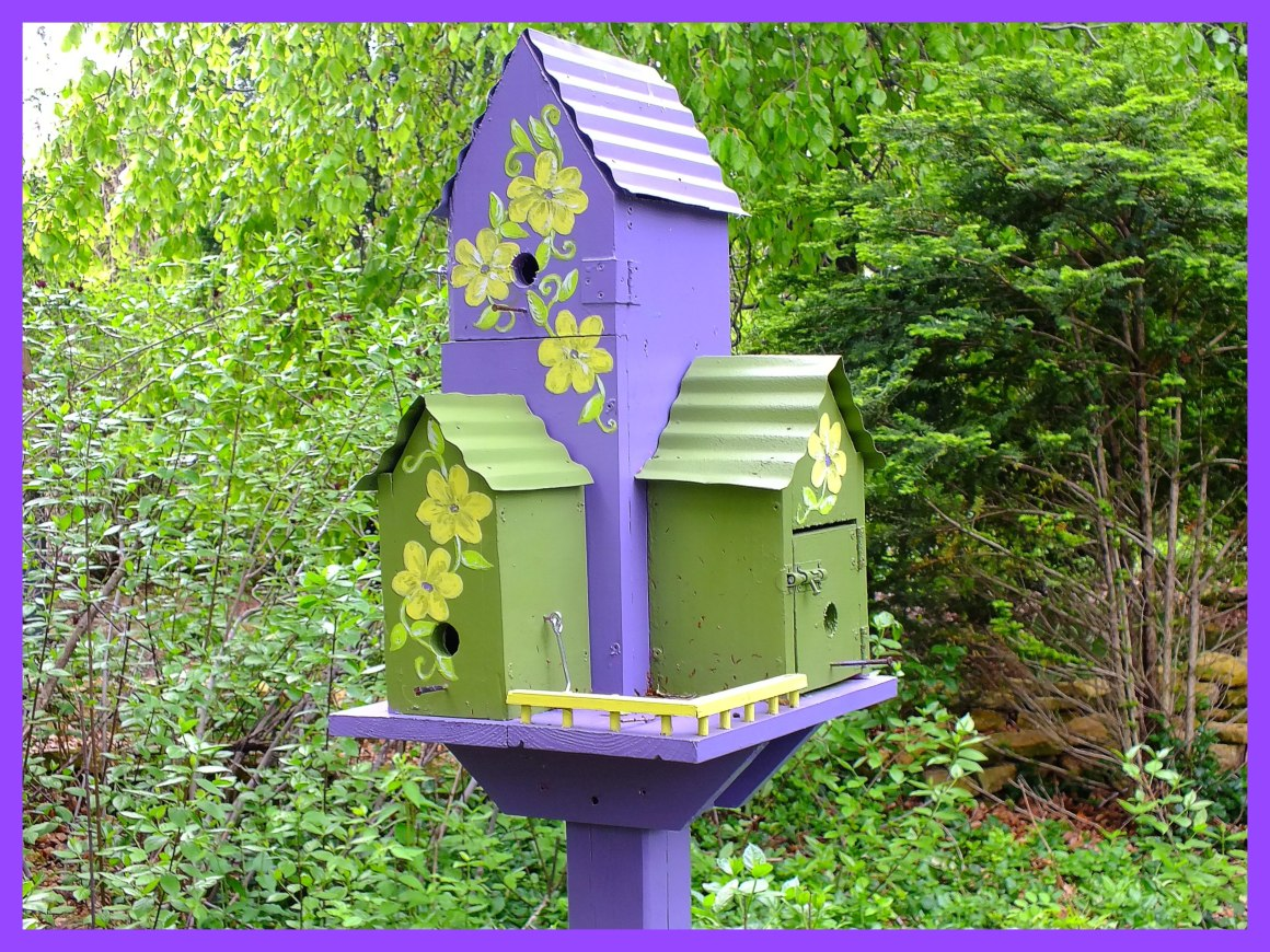 Birdhouse (2... At sister-in-law Mary's place.) Photo by Thomas Peace c. 2015